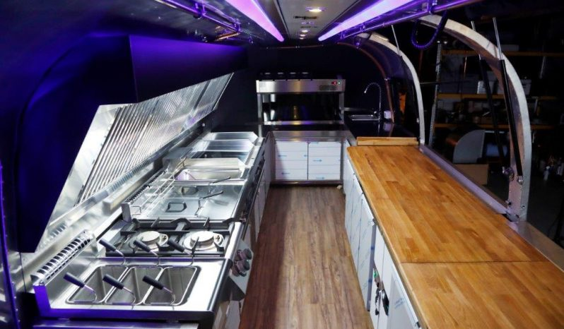 AIRSTREAM, Land Yacht- Foodtruck full